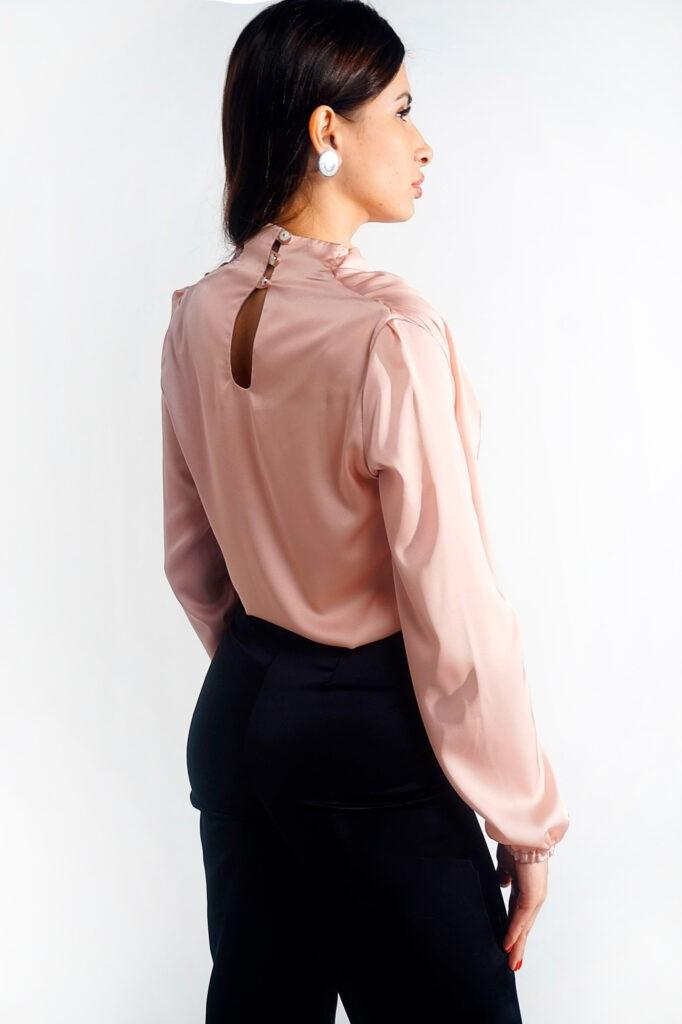 блузки персикового цвета