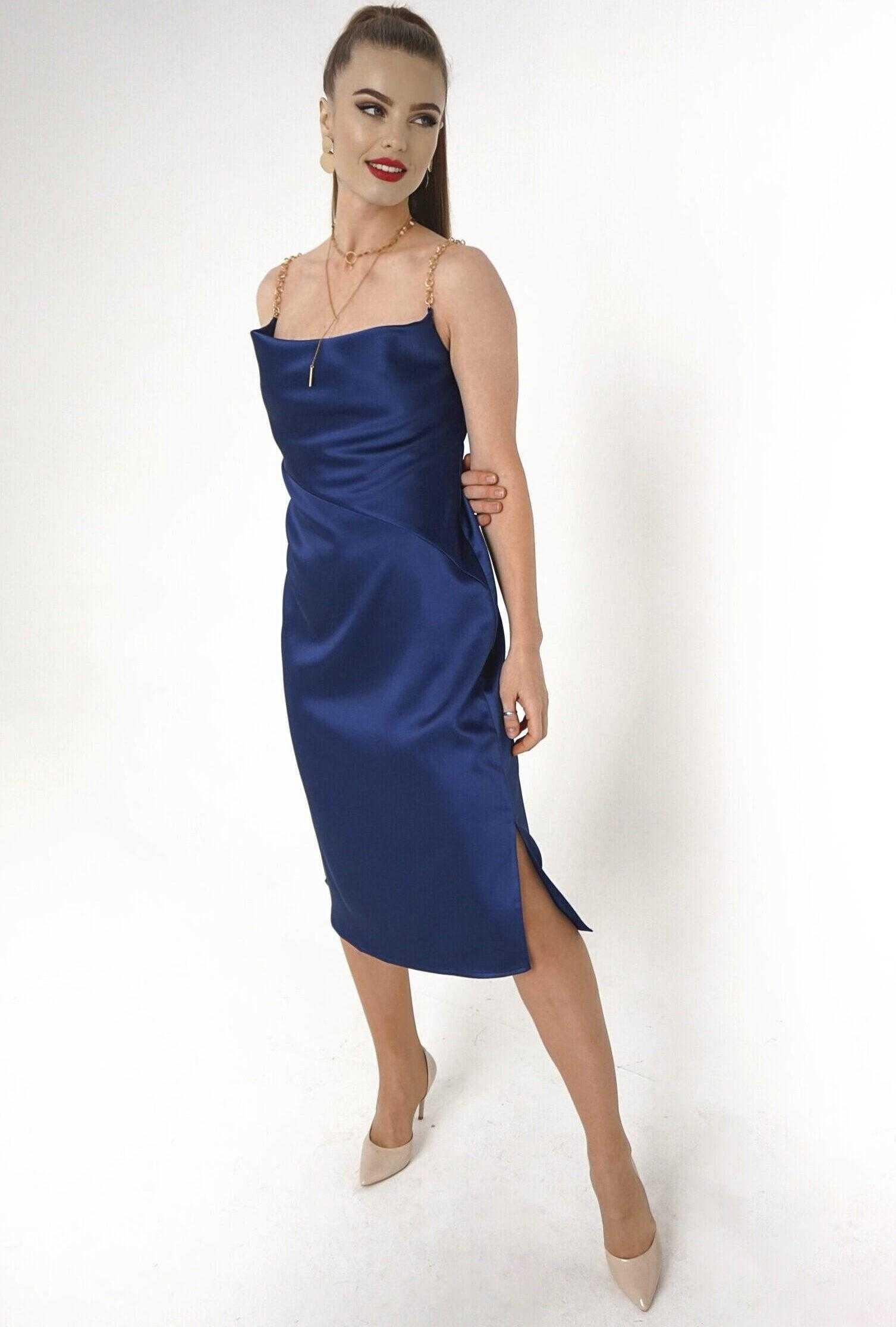 синее платье комбинация