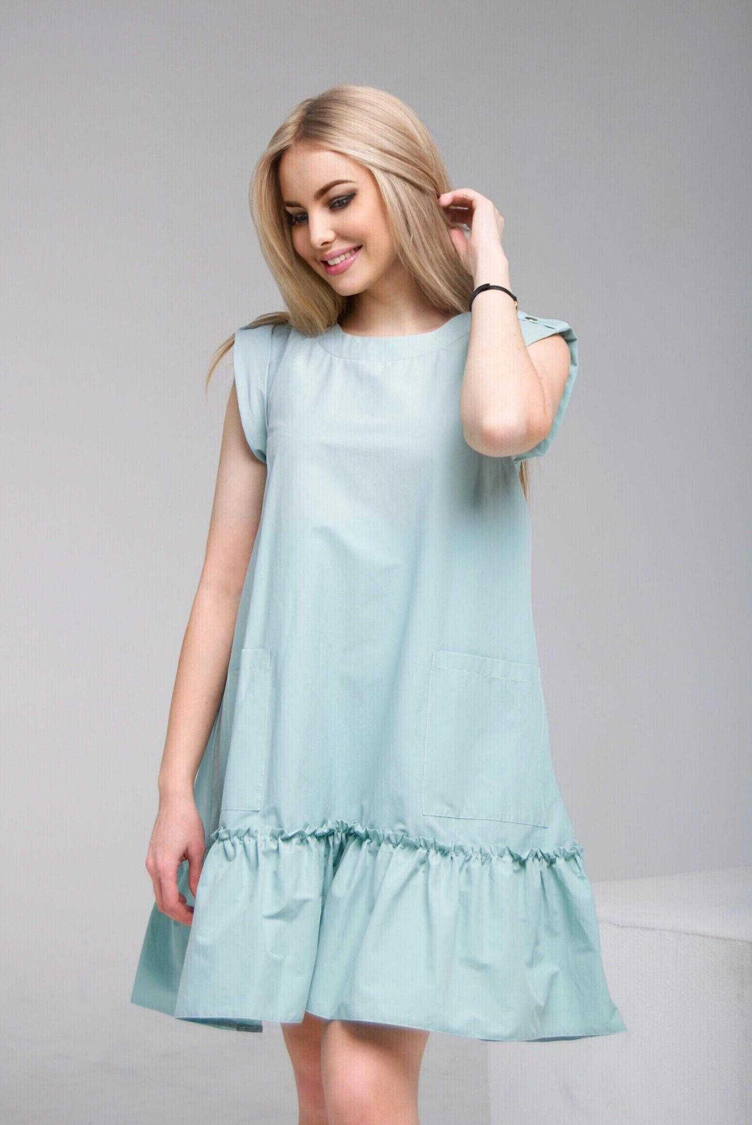 Платье ментолового цвета