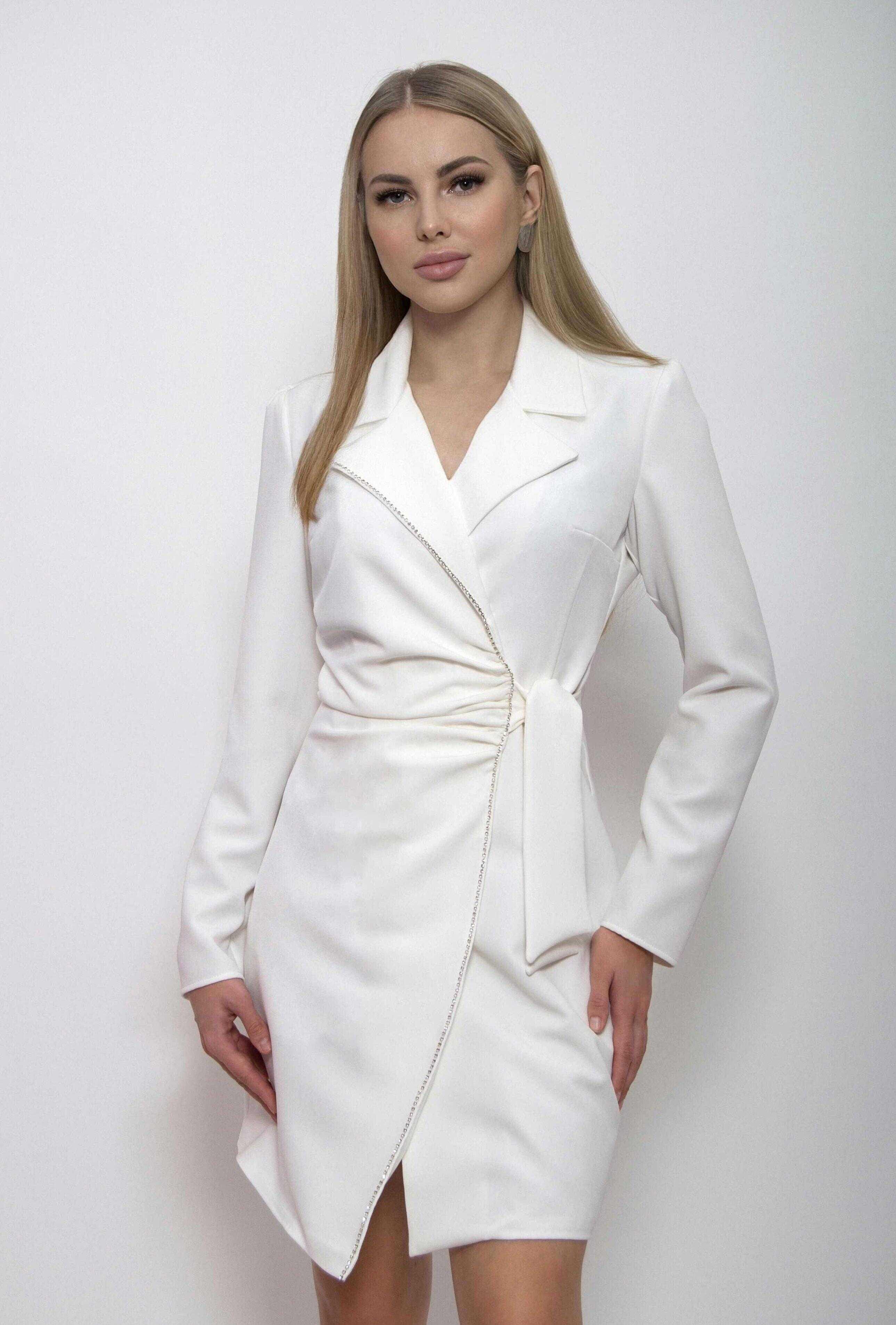 платье пиджак белое